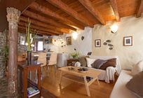 Eco Garden Cottage Lounge Area