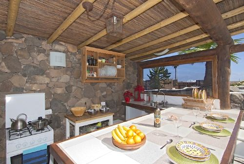 Private Outdoor Kitchen