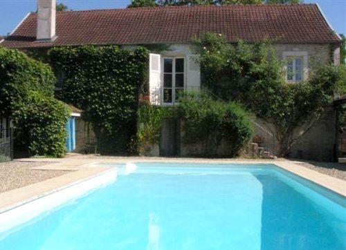Burgundy Chateau- Manor House Image 13