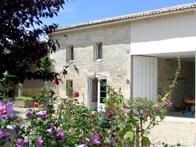 Family Friendly Holidays at The Stables - La Bigorre Holiday Cottages
