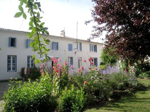 Well Cottage- La Bigorre Holiday Cottages Image 2
