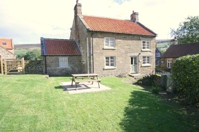 Family Friendly Holidays at Farndale Cottages - West View