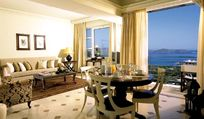 Elounda Gulf Villas & Suites - Deluxe Family Suite Image 8