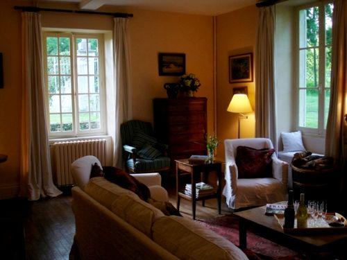 Burgundy Chateau- Manor House Image 7