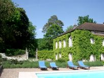 Burgundy Chateau- Manor House Image 5