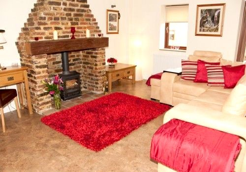 Fawkes Cottage Image 2