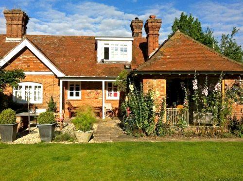 The Ploughmans Cottage Image 2