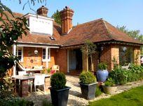 The Ploughmans Cottage Image 3