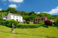 Aylesbury Cottage Image 10