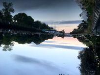 Kingsbridge Quay- 15 minutes walk away