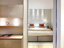 Cheval Three Quays - River Deluxe 1-Bedroom Image 12
