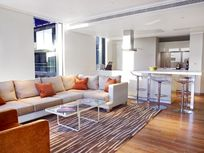 Cheval Three Quays - Tower View Deluxe 3-Bedroom Image 15