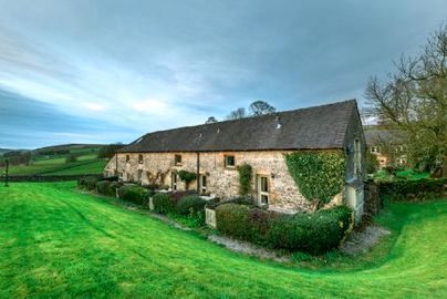 Family Friendly Holidays at Wheeldon Trees Cottages - Critchlow Cottage