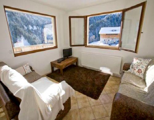 Chalet La Giettaz- 3 bed apartment Image 1