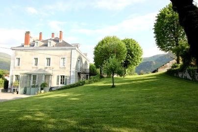 Family Friendly Holidays at Chateau de La Lanette - Family Suite 2