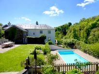 Flear house pool