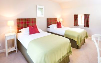 Family Friendly Holidays at Dairy Cottages - Friesian