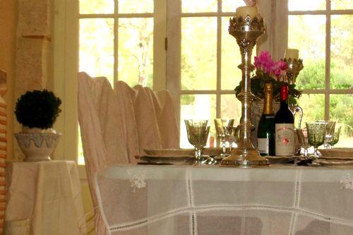 Lartigue indoor dining