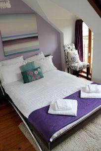 No.3, La Vieille Grange - 3 bedroom sleeping 6 plus infant Image 9