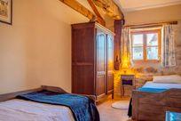 L'Etable twin bedroom No. 2