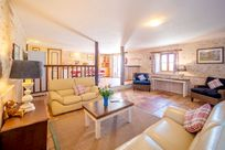 L'Etable lounge