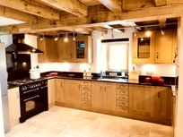 The Barn open plan kitchen with Range Master stove and granite work tops