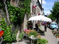 Camon, one of the loveliest villages in France, 5 km