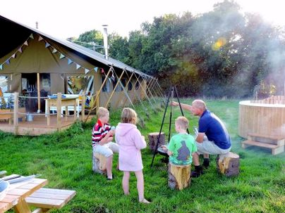 Family Friendly Holidays at Safari Tent - Middle Stone Farm