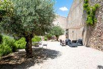 Maison De La Roche - Secret Garden Cottage Image 9