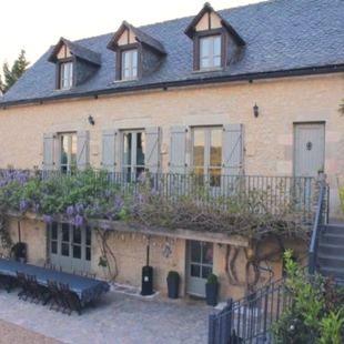 Family Friendly Holidays at Mas de Jouas - Belcastel Suite (2 Rooms)