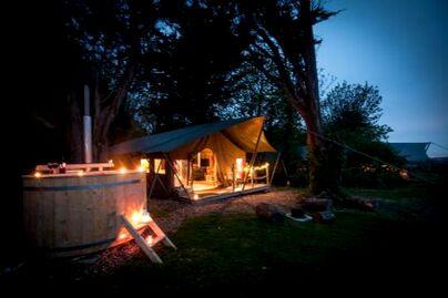 Family Friendly Holidays at Tapnell Farm - Safari Tent 2