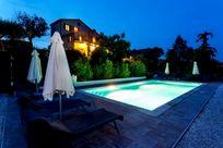 Hillside Villa Image 24