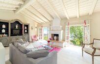 Rou Estate - Laurus Image 1