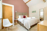 Coot Cottage 6 foot zip and link beds - bedroom 1