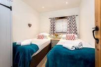 Woodpecker twin bedroom