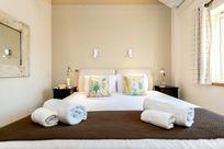 Avocet bedroom 2 - 6ft Zip & link beds