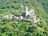 Antognolla Castle above the golf course