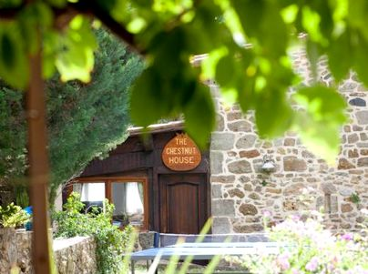 Family Friendly Holidays at Country Kids - Chestnut House