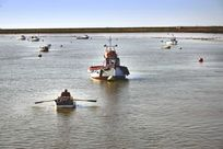 Walking distance from the Orford Quay, to enjoy the water