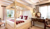 Fourposter bedroom