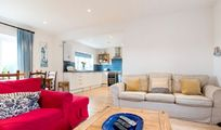 Dairymans cottage lounge