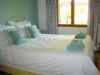 Beautiful ground floor double bedroom overlooking the garden, cool and comfortable