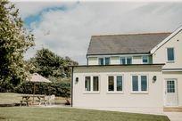 Stockbridge Cottage Image 1