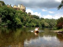 Families can canoe the Dordogne River together, take a picnic for lunch on one of the many beaches