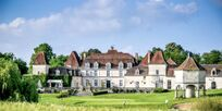 Chateau Vigiers is a short walk where our guests enjoy a 30% discount on golf rounds. Enjoy the 1* Michelin restaurant and the brasserie