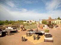 Fawakay Villas - Garden Suite Image 9