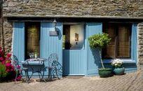 Bantam Cottage Image 1