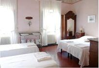 Villa Pia- Interconnecting rooms Image 19