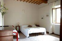 Villa Pia- Small Family Room Image 17