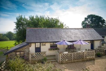 Family Friendly Holidays at Chittlehampton Farm - Groom Cottage